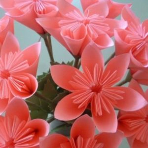 цветы из цветной бумаги для детей
